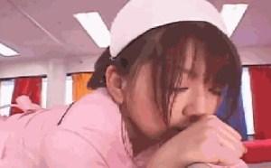 日本成人小电影真人xxoo没节操了GIF动态女人男女动态图