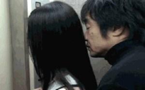 邪恶亮点图:猥琐大敊电梯非礼少女