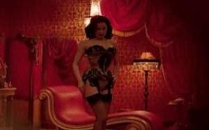 色你妹gif动态图片:脱衣舞娘蒂塔·万提斯gif出处高清视频