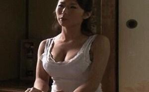 李毅吧很黄动态第17期:巨胸老师好看美女图片