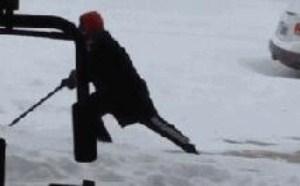 下雪天打滑奇葩搞笑gif图片大全