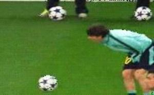中了笑点足球比赛gif图片 哈哈笑死我了动态图片