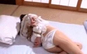 第十八期看光了动态图 波多野结衣被虐被踢被捆真高潮