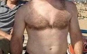 男子你的胸毛长得太有型了内涵图片