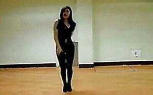 高挑高跟紧身黑丝美腿丝袜美女热舞 视频