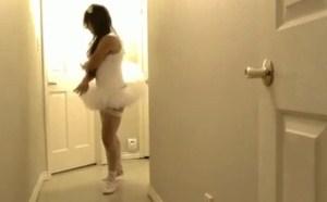 最新微拍福利宅男福利视频!跳鬼步舞的大波妹子又来了