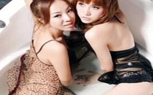 双飞女双女黑裙肉丝白丝美女3