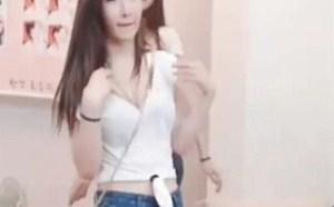 美女福利视频!韩国翘臀牛仔裤美女们