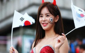 韩国小姐姐美女球迷一夜爆红清凉一夏男人上火